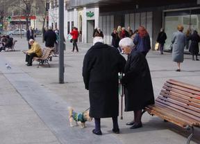 Algunas personas en la calle.