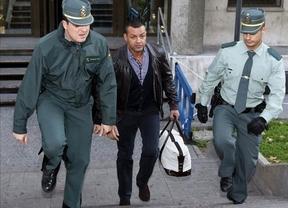 Miguel Ángel Flores sale en libertad provisional sin fianza