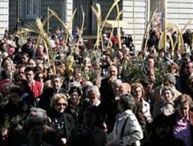 Rouco Varela preside la procesión del Domingo de Ramos