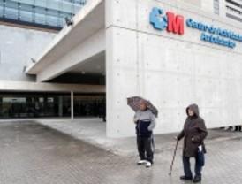 Aguirre se compromete a estudiar si es necesario inyectar más dinero en los nuevos hospitales