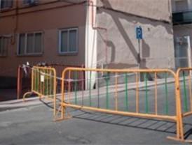 Prosigue la demolición de un edificio en Collado Villalba