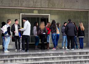 Los Erasmus sin beca general el curso pasado recibirán 100 euros al mes