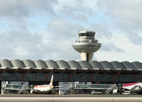 Hallan indicios de delito contra 122 controladores por el caos aéreo de 2010