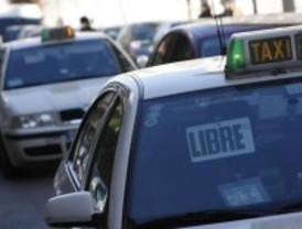 Los taxistas preacuerdan una regulación horaria