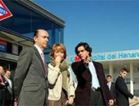 Aguirre inaugura la estación de metro del Hospital del Henares