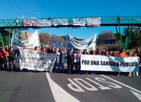 Concentración contra la privatización de la lavandería central de Mejorada