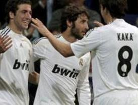 El Real Madrid reduce a un punto la ventaja del Barcelona