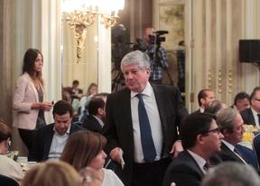 Arturo Fernández dimite de su cargo en la CEOE