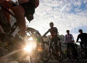 La Fiesta de la Bicicleta y la trashumancia afectarán a 67 líneas de la EMT