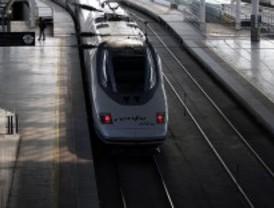 Fomento licita dos tramos del AVE Madrid-Galicia