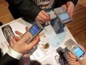 El móvil, ¿una nueva droga entre los adolescentes?
