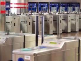 No más buhometros: JSM vuelve a reclamar metro 24 horas los fines de semana
