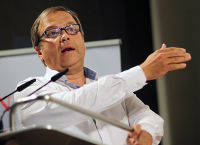 Carmona niega ser el candidato