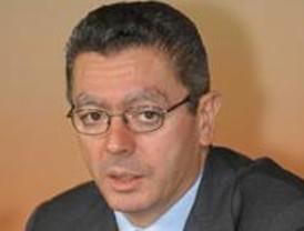 Gallardón ironiza sobre los 'dos carriles' de Aguirre