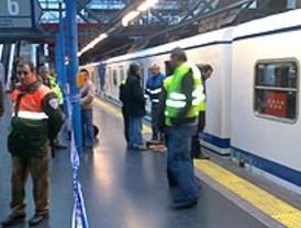 La L6 de Metro vuelve a funcionar tras el descarrilamiento de un convoy