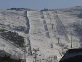 El tiempo se lo pone difícil a las estaciones de esquí