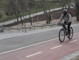 Tres Cantos une los colegios con las zonas deportivas gracias al carril bici y a un paseo