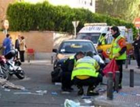 Un motorista, en estado grave tras chocar contra un turismo en Romero Girón