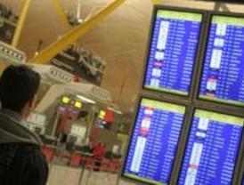 Normalidad en Barajas pese a la huelga de tripulantes de cabina de Iberia