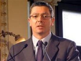 Gallardón dice que Ángel Pérez 'enriquecerá el debate municipal'