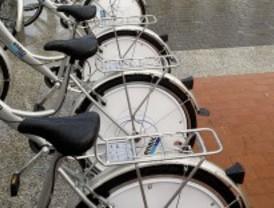 Los usuarios del servicio de alquiler gratuito de bici recorrieron 240.810 kilómetros