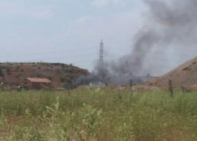 Incendio de pastos en el sector 4 de la Cañada Real