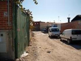 Intervenidos 30.000 juguetes ilegales y armas en la Cañada Real