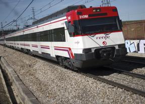 La Policía detiene a cuatro grafiteros por pintar en trenes de Cercanías