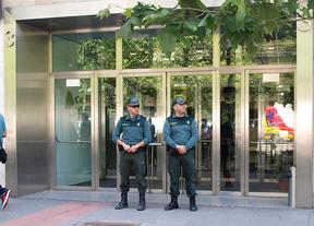 Registrada la sede del Adif por el AVE a Barcelona