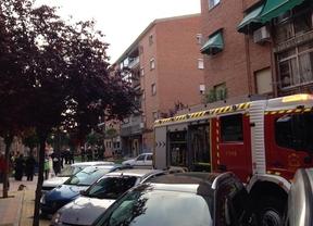 Intoxicado leve un joven de 23 años en un incendio en Getafe