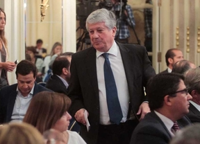 Arturo Fernández pone su cargo en CEOE a disposición de la organización