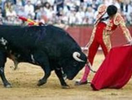 Cenicientos festeja sus fiestas patronales con toros pese al recorte de presupuesto