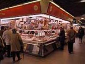 Los madrileños se decantan por comprar en supermercados