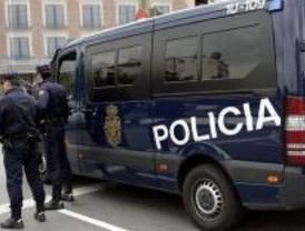 Detenidos tres integrantes de una red de estafas bancarias por Internet