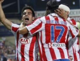 El Atlético, líder a lo 'supercampeón'