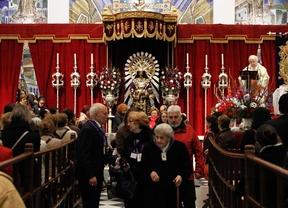 Colas multitudinarias en la Basílica del Cristo de Medinaceli