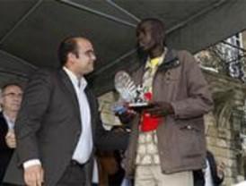 El keniano Kipruto bate el récord de la Carrera Popular de Canillejas