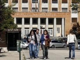 Encierro en las universidades contra los recortes