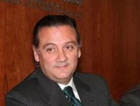 Prada pide a Zapatero que asuma el liderazgo de la reforma judicial