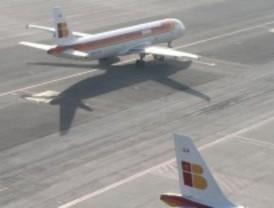 Iberia cancela 140 vuelos este viernes