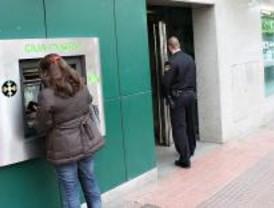 Atracado un Caja Madrid en La Elipa a punta de pistola