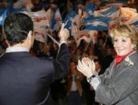 Aguirre pide el voto para Rajoy porque