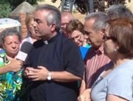 Un párroco denuncia su cese tras ser 'acusado' de gay