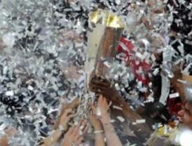 El Atlético aterriza  con la 'Europa League'