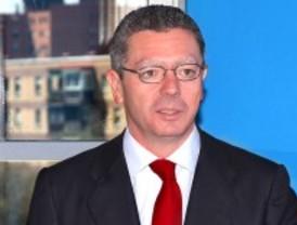 Gallardón anuncia medidas para ahorrar 1.041 millones de euros