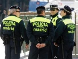 145 patrullas de policía municipal vigilan la noche
