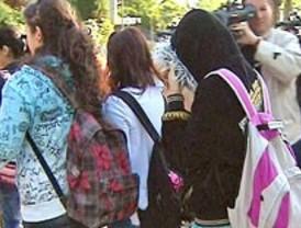 Educación estudia prohibir los cambios 'oportunistas' en los reglamentos escolares