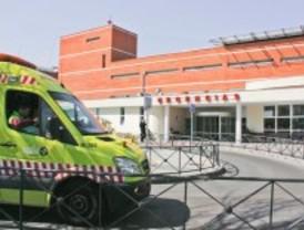 Herido grave tras caerle una viga en Leganés
