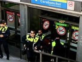 El frenazo de un tren del Metro provoca 12 heridos leves