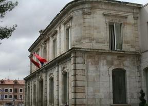 El Pleno de San Fernando acuerda recuperar la plaza de España
